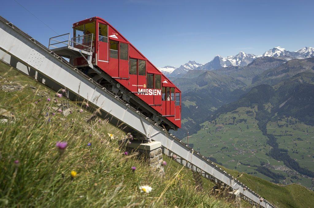 https://www.hunters.ch/wp/wp-content/uploads/2018/12/02-Bahn-Viadukt-Alpen-1024x680.jpg