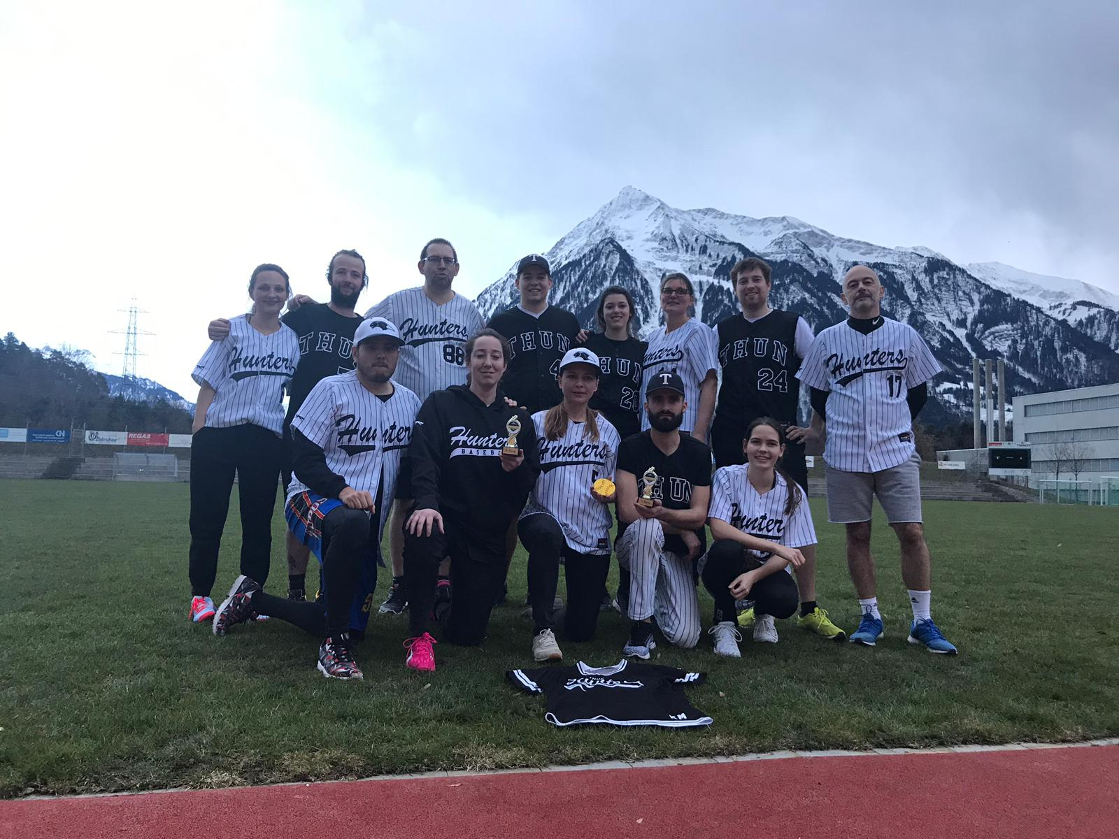 https://www.hunters.ch/wp/wp-content/uploads/2019/02/niesäcup19-huntersall-5.jpg