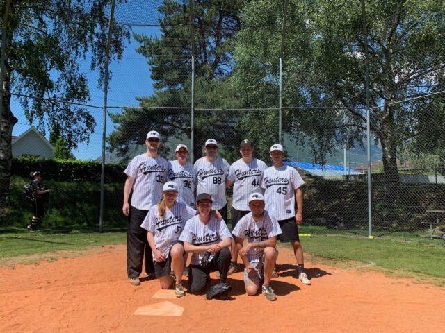 Fun-Team bei der Slowpitch-Softball Premiere im Wallis